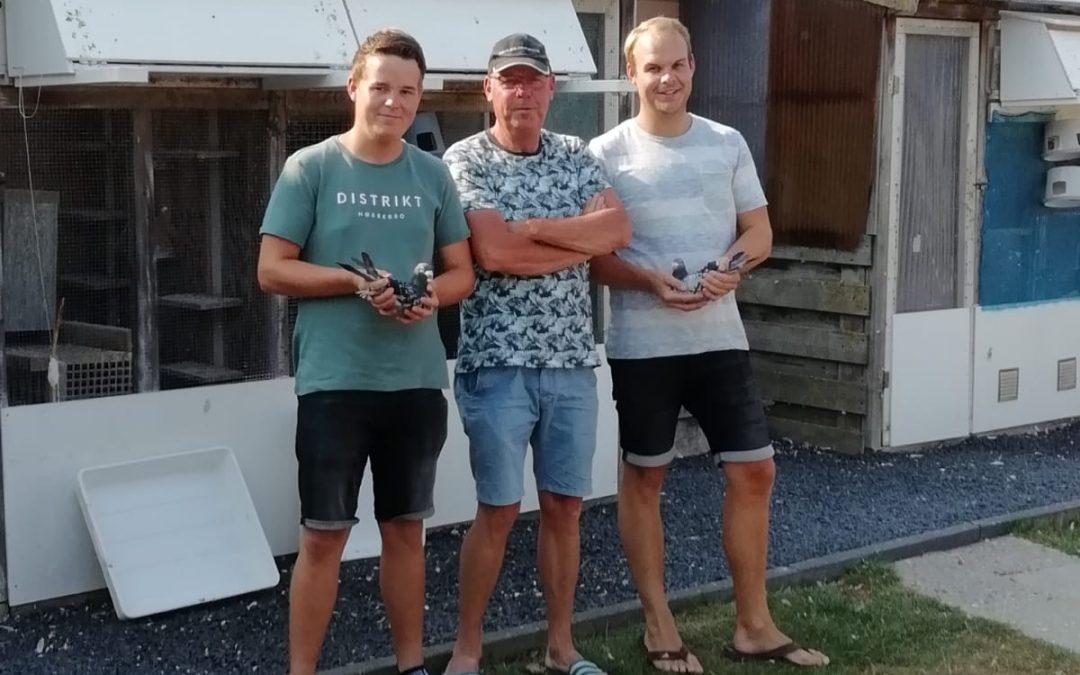 Jan Hommes en znn, Akersloot, winnen Perigueux in sector 2 en Perpignan in de Fondunie 2000 (1)